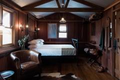 Saltbush-Retreast-slab-hut-bedroom