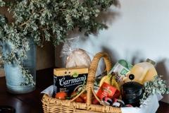 saltbush-retreat-breakfast-basket